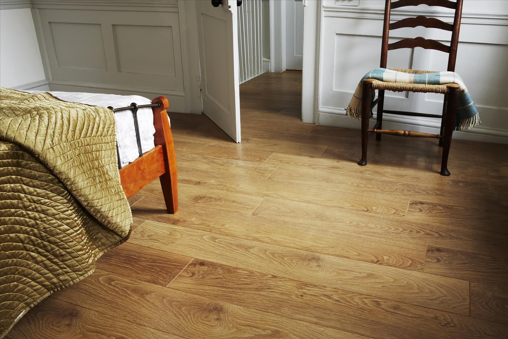 Laminate flooring manchester sale altrincham chorlton for Laminate flooring sale